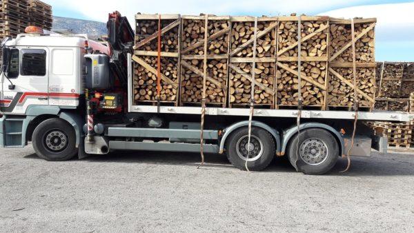 Παράδοση ξύλων