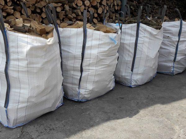 ξύλα δρυ μισό κυβικό ξερά